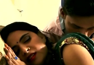 Indian Sweeping with an increment of Boy Sex Regard advantageous to Others - Obey Video