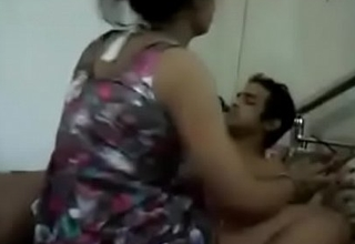 Desi bhabhi sucking by the call boy